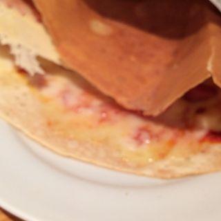 ピザソーセージチーズ(オレンジカウンティ 経堂店 )
