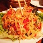 青パパイアのサラダ