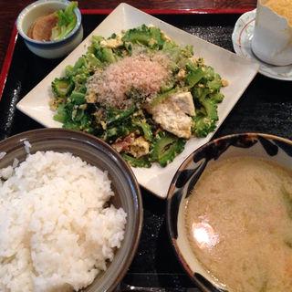ゴーヤチャンプルー定食(沖縄料理 ちゅらさん家 両国駅前店 (ちゅらさんち))