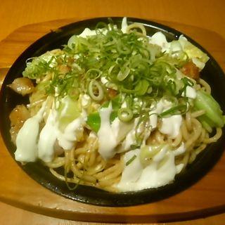 ねぎマヨ鶏塩ガーリック焼きそば(ぼてぢゅう ウィング上大岡店)