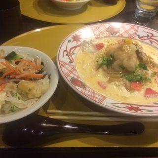 湯葉と海老とえび芋の白味噌スープ 生姜風味(先斗入ル 京都駅ビル店 (ポントイル))