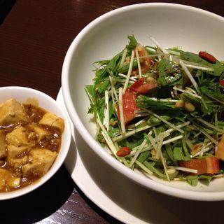 翡翠麺とミ二麻婆豆腐(桃苑 )