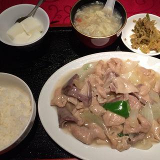 和牛ホルモン定食(満州香 (マンシュウコウ))