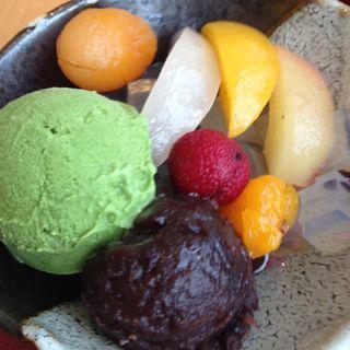 抹茶フルーツあんみつ(レストランよよぎ )