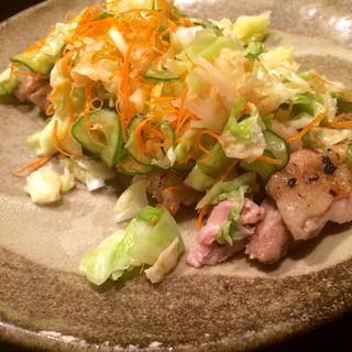 鶏もものどっさり春キャベツのせ(郷どり 燦鶏 ペディ汐留店 (さとどり・さんけい))