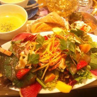冬野菜とフロマージュのサラダプレート(ロクシタンカフェ 新宿店 (Cafe dOlivier))