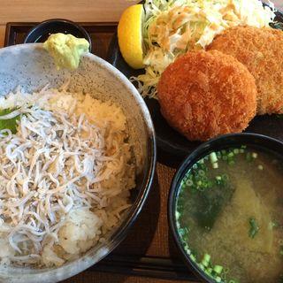 コロッケ定食+釜揚げしらす丼(素人居酒屋 一 (ichi))