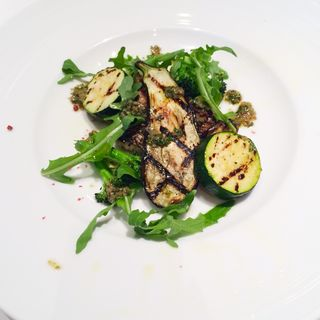 本日のお魚と野菜のグリル 香草風味のアンチョビのソースで(BIANCA (ビアンカ))