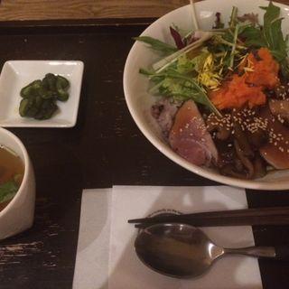 たたきマグロ丼(SAJI (サジ))