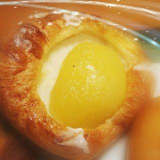 リンゴクリームデニッシュ(CAFE&BAKERY MIYABI 浅草橋店 (カフェ アンド ベーカリー ミヤビ))