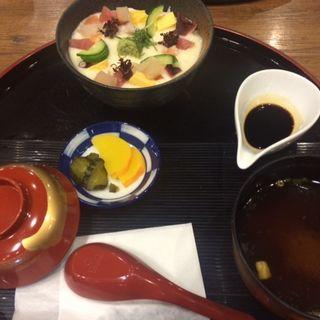 海鮮とろろ丼(天山の湯 だいにんぐ (てんざんのゆ))