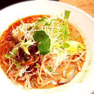 サラダのせ坦々麺(グレイト (GR8))