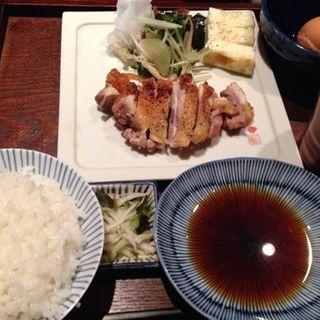 炭火焼 比内地鶏もも焼き定食(猿のしっぽ (さるのしっぽ))