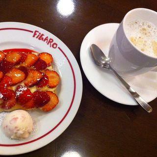 苺のパイ(FiGARO omotesando (フィガロ オモテサンドウ))