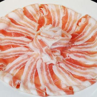 豚バラ肉(くつろぎや )