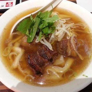 やわらか角煮の刀削麺(陳家私菜 秋葉原店)