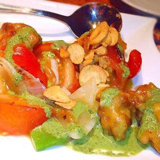 トマトと鶏肉炒め。(ラーマヤナ 横浜西口店 )
