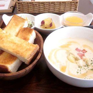 スープランチ(スープ喫茶 bibi)