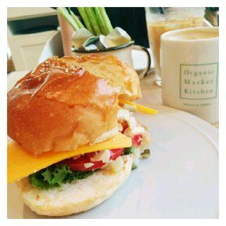 フィッシュバーガー(Organic Burger Kitchen 心斎橋OPA店 (オーガニック バーガー キッチン ))
