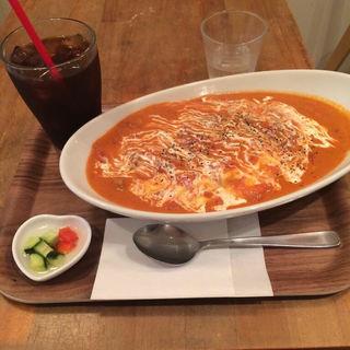 トマトシーフードオムライス(mel mel cafe. (メルメルカフェ))