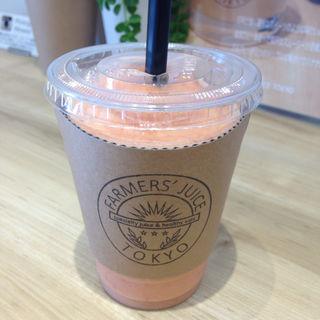 シチリアブラッドオレンジと苺のスムージー(ファーマーズ ジュース トーキョー (Farmers Juice Tokyo))