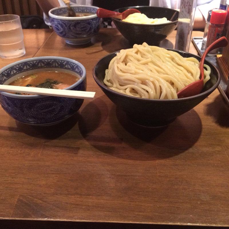 東梅田でつけ麺を食べよう!満足度の高いおすすめ10選!