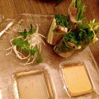 パクチーと牛タンの生春巻き(CAFE RAMBUTAN (カフェ ランブータン))