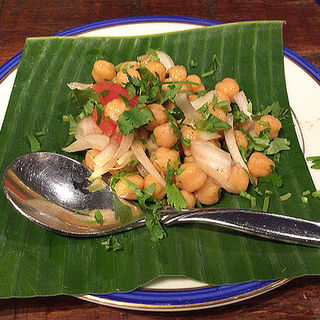 ひよこ豆とたまねぎのサラダ(ダバインディア (Dhaba India))