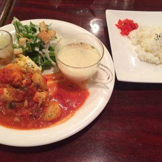 ランチ(チキンのトマト煮)(カフェレストラン人参 六甲道店 )