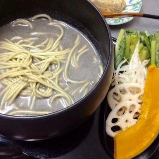 黒ごま豆乳担々麺(和菓子 isshin (イッシン))