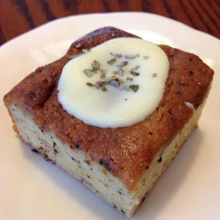 パルフェタムールのホワイトチョコがけケーキ(チリムーロ (Chirimulo))