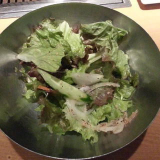 ゴマ塩サラダ(焼肉岡本)