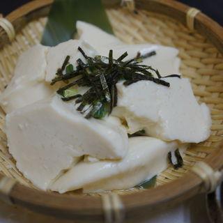 ザル豆腐(串じまん (くしじまん))