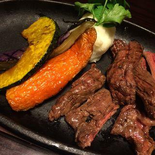 牛ハラミ(Meet Meats 5バル  高田馬場店)