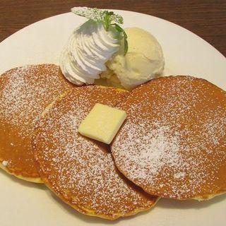 メープルソースパンケーキ(ルジャンドル 八戸ノ里店 )