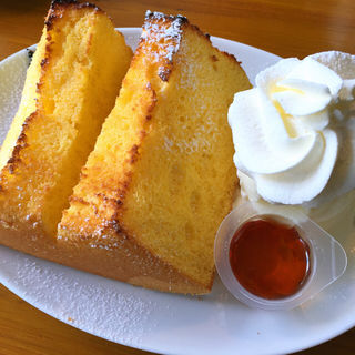 松涛ケーキ バタートースト+濃厚バニラアイスクリーム&メープルソース(松涛カフェ Bunkamura店 (SHOTO CAFE))