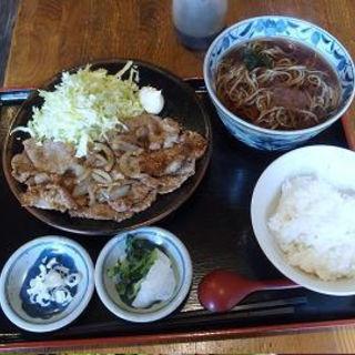 豚肉の生姜焼と半そばセット(そば切り 佳人)