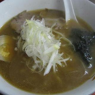 醤油ラーメン(ラーメン 八卦 (ハッケ))