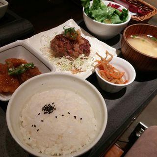 kawara和定食(kawara CAFÉ)