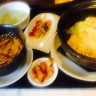 ふかひれ風味スープとレタスチャーハン(天厨菜館 渋谷店 (テンツウサイカン))