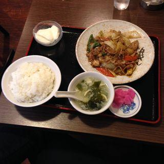 ホタテと牛肉の黒コショウ炒め定食(勇記餃子房 (ユウキギョウザボウ))