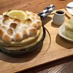 焼きマシュマロ焦がし塩キャラメルのパンケーキ(mog 難波店 (モグ))