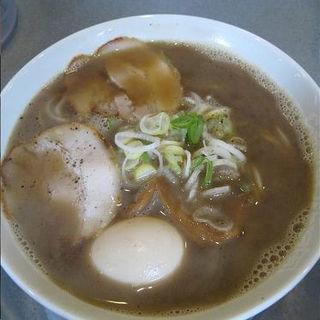 煮干醤油ラーメン(らぁめん花月 川崎西口)