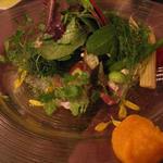真鯛の昆布〆と十種類の野菜のカルパッチョ