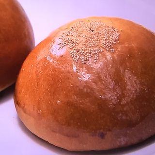 黄味餡ぱん(三木鶏卵 (みきけいらん))