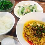 麺とご飯のランチセット