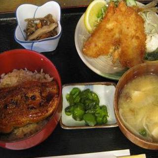 うな丼とあじフライ定食(井魚家 いむら)
