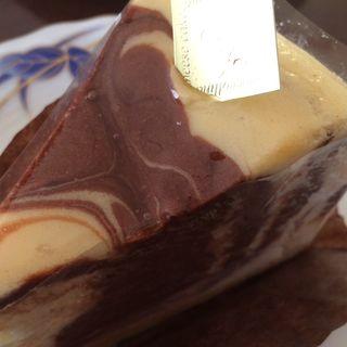 チョコマーブルチーズケーキ(ピアッコリーナ・サイ (Piaccollina Sai))
