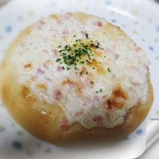 オニオンベーコンパイ(CAFE&BAKERY MIYABI 浅草橋店 (カフェ アンド ベーカリー ミヤビ))