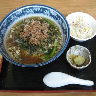 高菜そばとチャーハンセット(台北飯店)